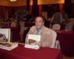 """Turismo cultural en el """"Workshop Santa Cruz-Buenos Aires"""".Eduardo Mondelo y su libro:""""Cazadores de Imágenes"""""""