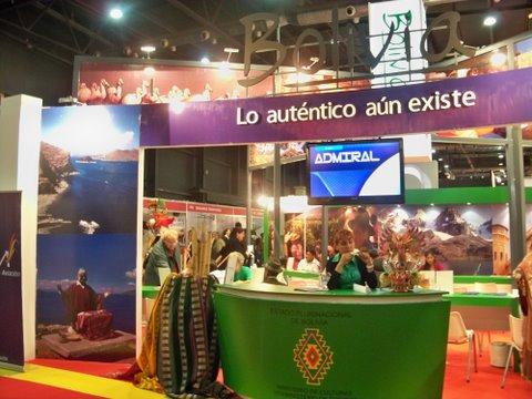 """""""La Feria de las Alasitas"""" es el rito ancestral aymara que la colectividad boliviana celebra todos los eneros en Buenos Aires."""