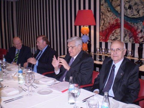 """El analista político Jorge Castro habló sobre """"La Argentina 2010 contexto regional y mundial"""""""