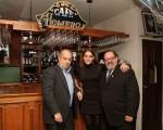 Rubén Juárez, el cantante de tangos, fue homenajeado en el café Homero