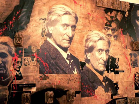 Mural homenaje en la Federación de Sociedades Gallegas