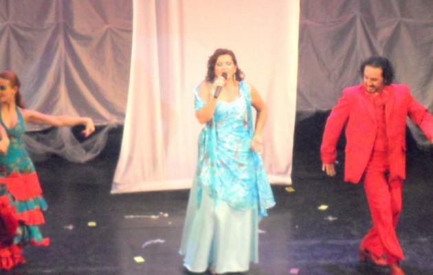 Marita Tuero en el Teatro Ateneo