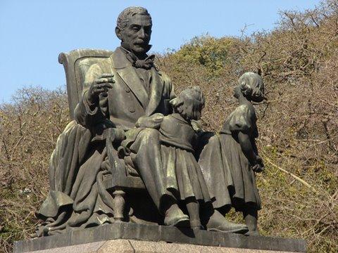 Monumento a José de San Martín