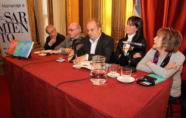 El Ministerio de Cultura porteño presentó  las obras completas de Sarmiento