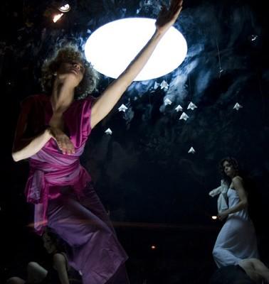 Nocturnos, la obra de la coreógrafa Diana Theocharidis en el Centro Cultural de España en Buenos Aires