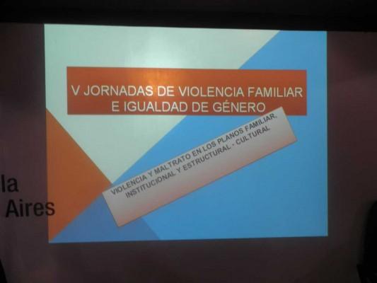 Afiche de las Las V Jornadas de Violencia Familiar e Igualdad de Género 2011