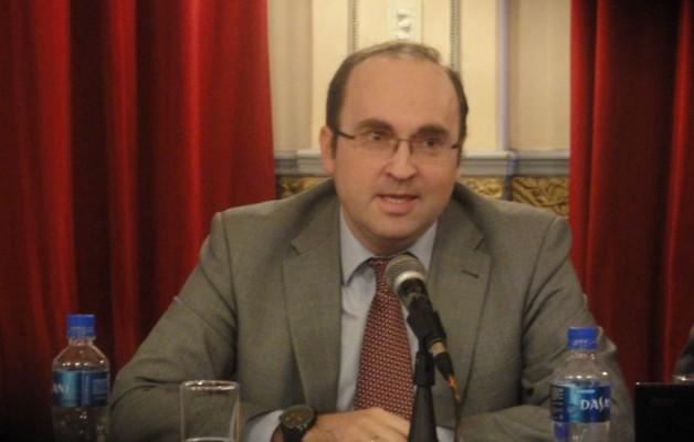 Entrevista a Julio Olmos Lablanca, Consejero de Empleo y Seguridad Social, de España en Argentina