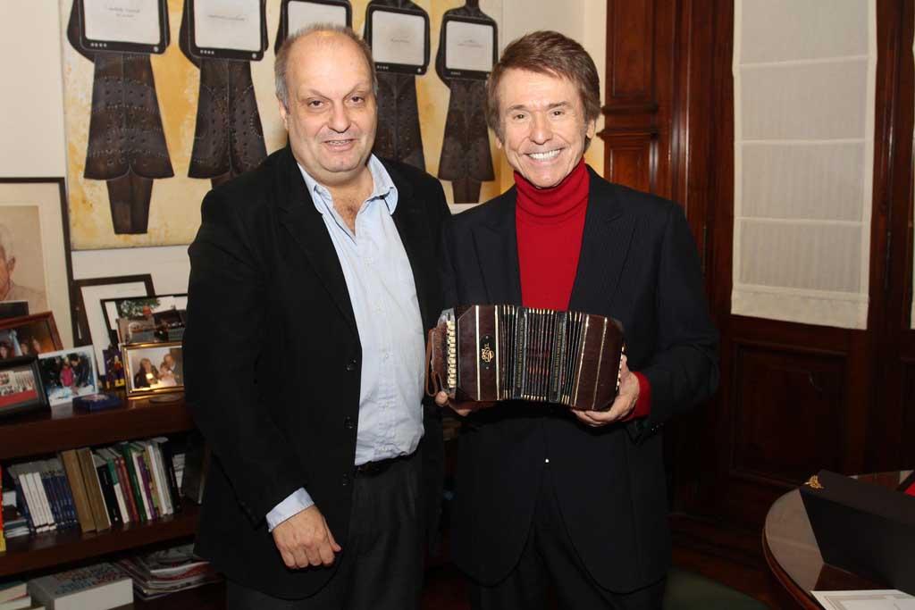 Ministro de Cultura de la Ciudad de Bs. As., Hernán Lombardi y Raphael