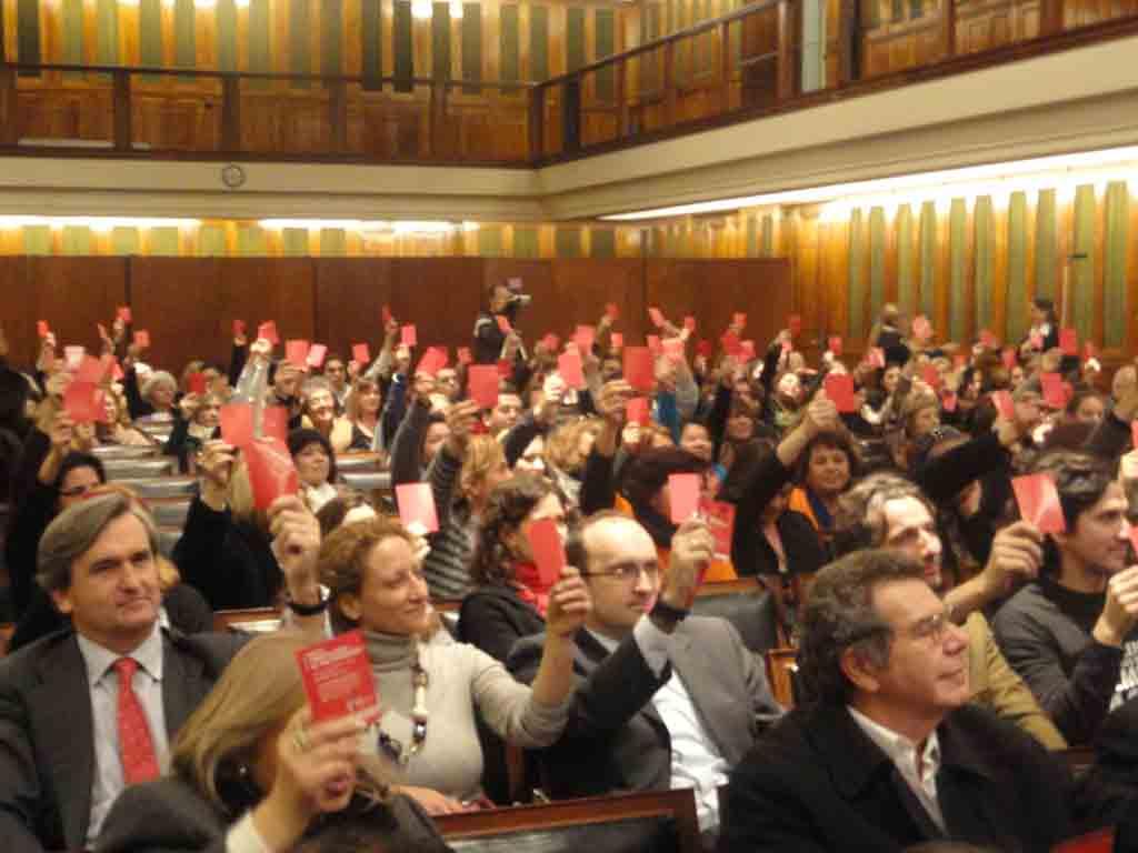 Embajador de España en Argentina, Román Oyarzún y Consejero de Empleo y Seguridad Social de la mbajada de España en Argentina, Julio Olmos Lablanca