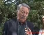 Día de la Hispanidad. El cantante y autor de música folcklórica César Isella estuvo en la Gran Fiesta de España y entonó Canción con todos.