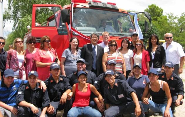 La Embajada del Japón donó una autobomba a la Asociación Bomberos Voluntarios de San Clemente del Tuyú