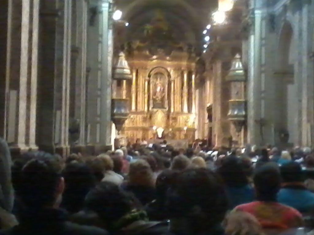 Catedral de Bs. As. Vigilia asunción del Papa Francisco