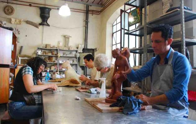 La escuela del casco histórico del Ministerio de Cultura porteño abrió su inscripción