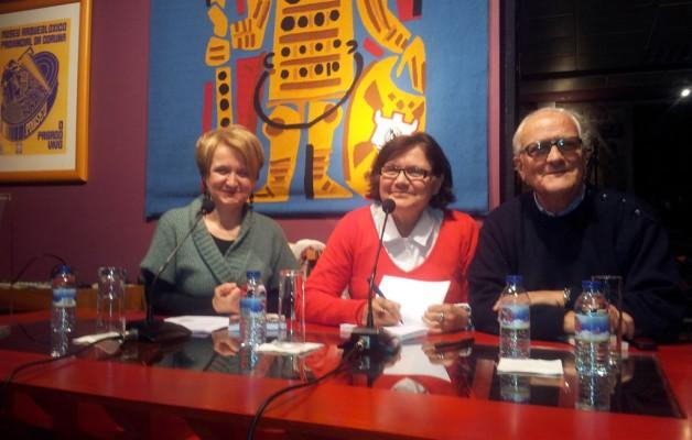 Luz Darriba presenta su novela «Toda la gente errante»