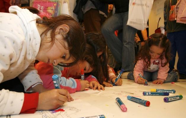 """""""La magia continúa"""" es el lema de la Feria del Libro infantil"""