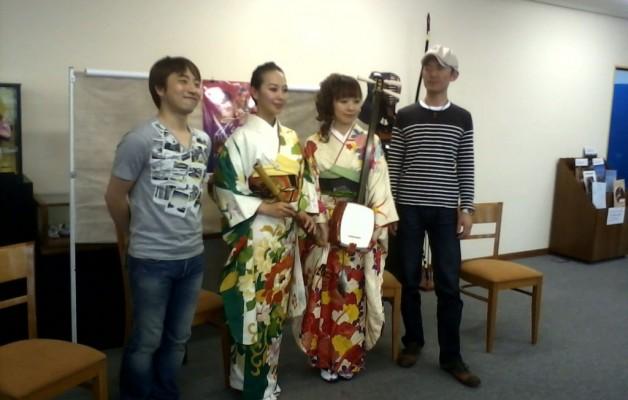 El grupo musical Fuga visitó el Centro Cultural de la Embajada de Japón