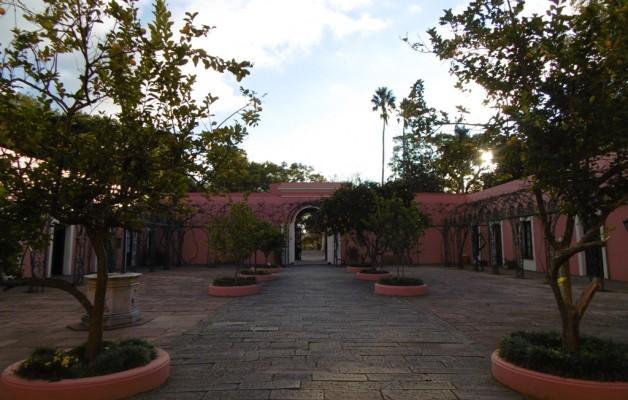 El Patio del Parral es el segundo de los dos grandes ambientes del Palacio San José