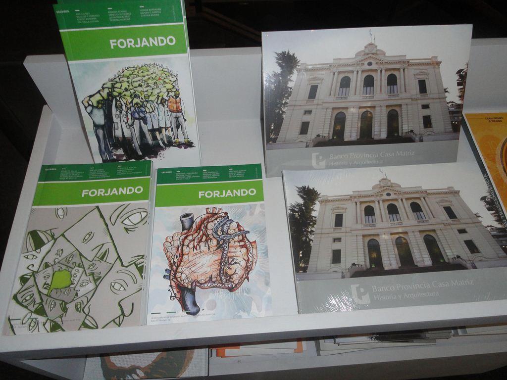 Libros editados por el Museo Banco Provincia