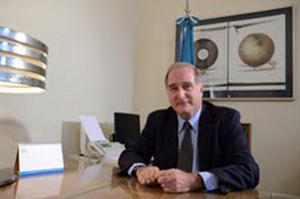 Maestro José Luis Castiñeira de Dios, Director Nacional de las Artes