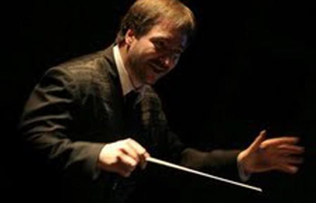 "El maestro José Cladera dirigió  la Orquesta Nacional de Música Argentina ""Juan de Dios Filiberto"""