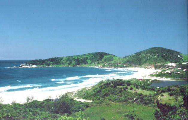 Praia do Rosa es una de las playas más exclusivas de Brasil