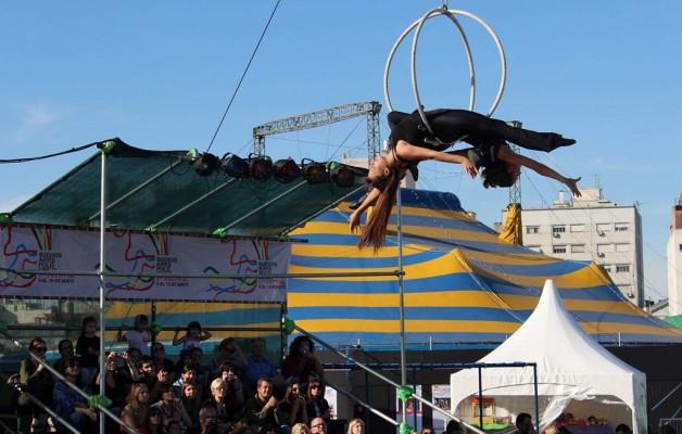 """""""Buenos aires Polo Circo"""" presenta espectáculos de   arte y magia"""