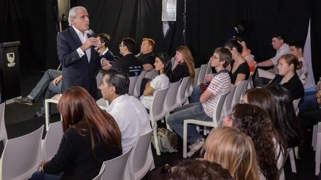 San Luis Digital 2014 recibió a Fernando Tomeo, especialista en redes sociales