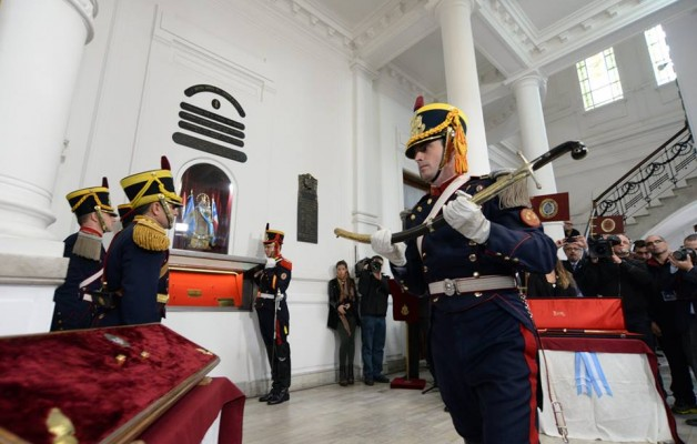 Cristina Kirchner, entregó el sable corvo de San Martín, al Museo Histórico Nacional