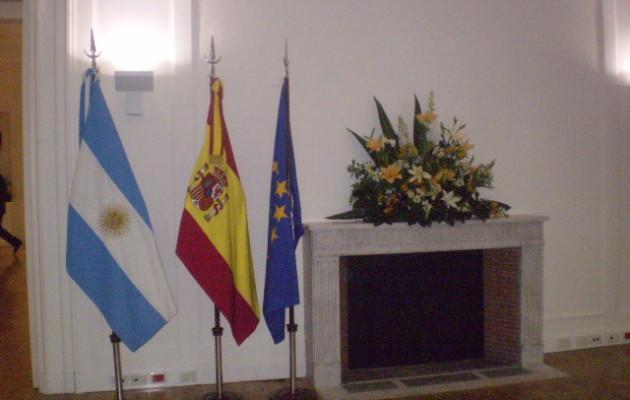 Los españoles que residan en el exterior recibirán asistencia sanitaria durante su estadía en España