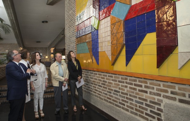 """Paradores inaugura una exposición sobre """"Arte geométrico"""" en Segovia"""