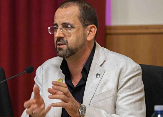 Henrique Monteagudo fue premiado con el Premio Rosa dos Ventos 2016