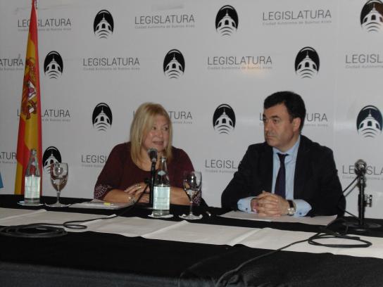 Lic. María Amelia Alonso y Conselleiro Román Rodríguez González