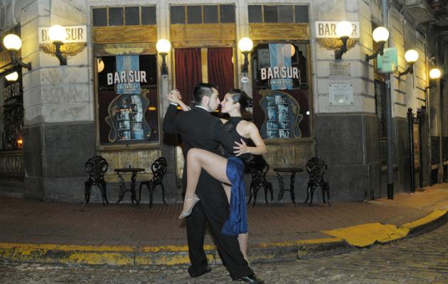 """El concurso """"Un café, una historia"""", recrea el espacio de los bares notables porteños"""