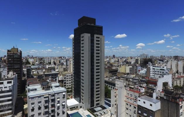 Amérian Grand View: un hotel que contempla a Buenos Aires desde su gigantesca arquitectura