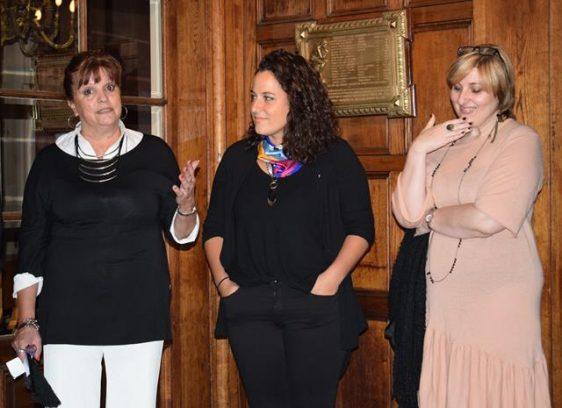 De izquierda a derecha, Hebe Mabel Otero, presidenta del MEGA, Romina Franceschin