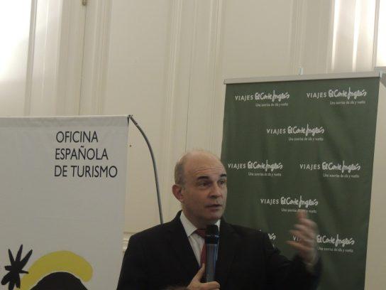 Eduardo Lazzari. Historiador