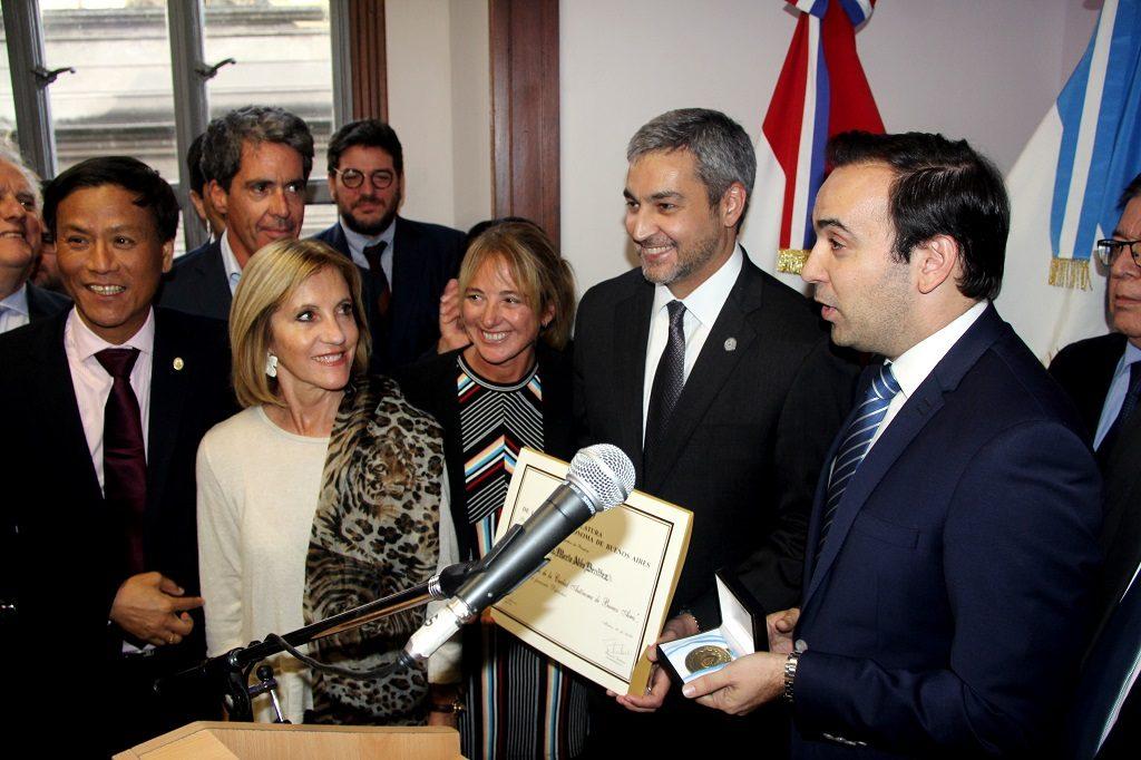 Mario Abdo Benítez, presidente de Paraguay y funcionarios