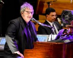 La Orquesta Sinfónica de la Universidad de San Juan y Lito Vitale, nominados en los premios Gardel