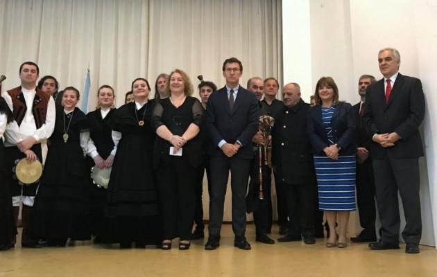 Alberto Núñez Feijóo destacó los programas de formación que la Xunta de Galicia ofrece a los jóvenes del exterior