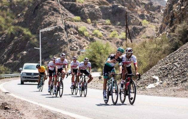 """La """"38° Vuelta a San Juan de ciclismo"""" se presentó en el Teatro del Bicentenario"""