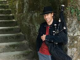 Carlos Núñez, uno de los mejores gaiteros del mundo, actuará en el Teatro Colón de Bs. As