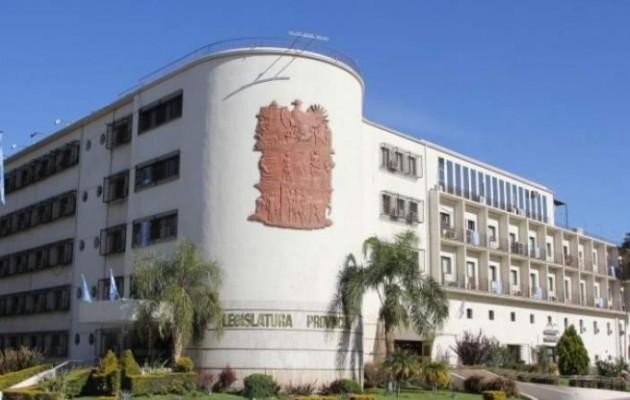 El edificio de la Cámara de Diputados de San Juan, rindió homenaje a los caídos en Malvinas