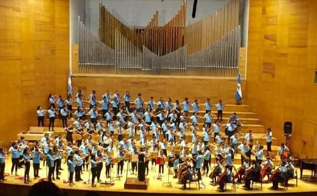 La Orquesta Escuela San Juan, un espacio donde confluyen la música, la enseñanza y la amistad