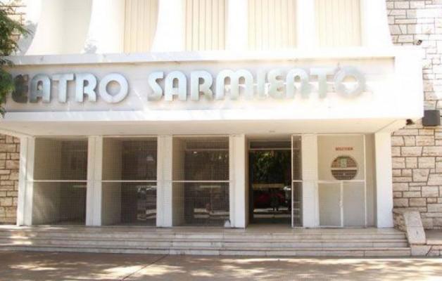 El Teatro Sarmiento abrió sus puertas para elencos sanjuaninos