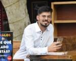 Luis Ávila, el autor sanjuanino que dio el salto de Wattpad al papel con su saga #Malos
