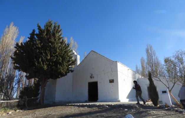 En Semana Santa, la Capilla de Achango, un tesoro de adobe en el corazón de Pismanta