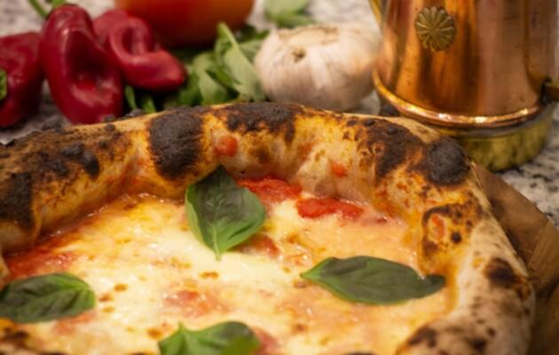Núvola, la vera pizza napoletana, una expresión de la gastronomía italiana en Argentina