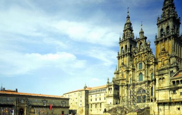 Hostal Dos Reis Católicos, la joya arquitectónica e histórica de Santiago de Compostela